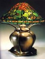 "16"" Geranium Lamp Kit"